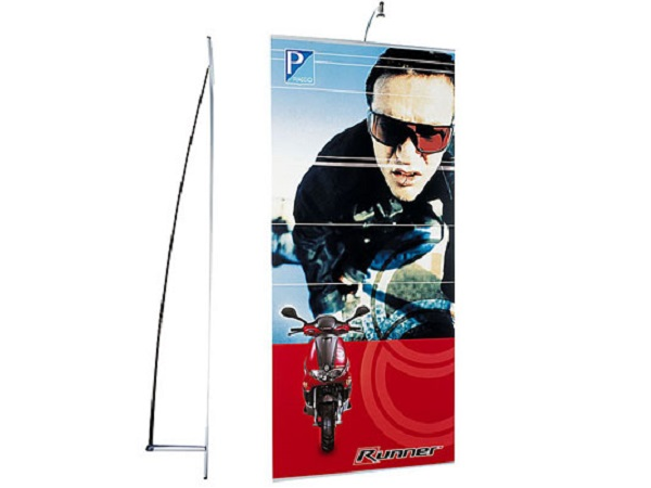 Expand non-retractable banner stands